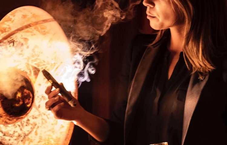 People Behind the Profile — _cigarina_ Cover